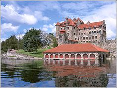 "See Singer Castle on 1 hour high-speed adventure cruises aboard the 'WildCat'! Like ""1000 Islands & Seaway Cruises - Brockville"" on Facebook to learn how to save 33% off WildCat Cruises for the 2013 Season."