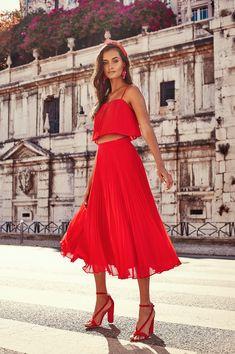 Kookai SS1819 Ft Gizele Oliveira Online Fashion Magazines 87122e4d0