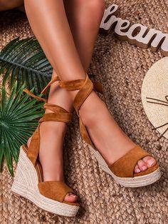 Dámske camel sandále na platforme R135PCA Espadrilles, Platform, Sandals, Shoes, Fashion, Espadrilles Outfit, Moda, Shoes Sandals, Zapatos