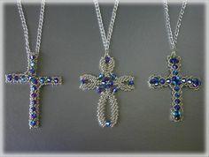 3Cross pendants beading TUTORIAL   Etsy Seed Bead Tutorials, Beading Tutorials, Jewelry Patterns, Beading Patterns, Bracelet Patterns, Jewelry Ideas, Bead Jewellery, Beaded Jewelry, Beaded Earrings