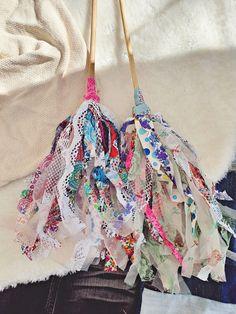 Leikkuujätteestä vappuhuiskat - VillaNanna - Lifestyle String Bikinis, Lifestyle, Swimwear, Bags, Fashion, Dental Floss, Bathing Suits, Handbags, Moda