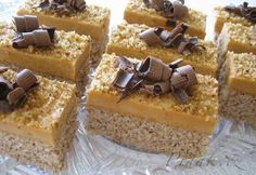 Picture of Recept - Orechovo - karamelový zákusok Czech Recipes, Russian Recipes, Cake Bars, 20 Min, Something Sweet, Sweet Recipes, Caramel, Cheesecake, Food And Drink