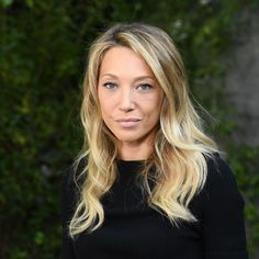 Laura Smet s'exprime pour la première fois depuis la mort de Johnny Hallyday (photos) Laura Smet, French Beauty, New Star, French Actress, Serum, Videos, Marie, Actresses, Long Hair Styles