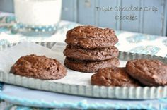 Triple Chocolate Chip Cookies by Sifting Focus  More food blog favorites on FeedDaily: http://www.feeddaily.com/