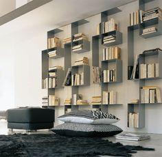 From Design-News.it - Libreria Molteni Square