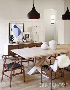 Dark brown wishbone chairs dining room via Nam Dang-Mitchell Design 331 – Interior design Photo Gallery Dining Room Design, Dining Room Chairs, Dining Furniture, Dining Rooms, Office Chairs, Desk Chairs, Calgary, White Oak Dining Table, Wood Table