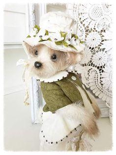 April By Sadovskaya Tatiana - Bear Pile Plush Animals, Felt Animals, Nuno Felting, Needle Felting, Wonder Zoo, Fuzzy Wuzzy, Handmade Clothes, Softies, Sculptures