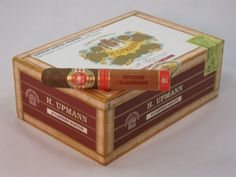 """H. UPMANN VINTAGE CAMEROON 5""""X52 QTY 25 FREE SHIPPING - GREAT PRICES! www.cigarcouriers.net"""