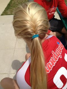 When I play sports and mys hairs up, this is how I want it