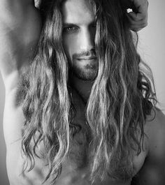 Hot Guys with Long Hair : Photo