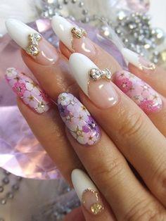 Ladylike Nail Art Ideas - Nadyana Magazine