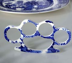 willow ware knuckles?!