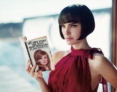 Natalie Portman leyendo