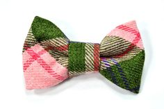 College green and pink bowtie  Baby toddler boys tie by nicebuzz, €18.00