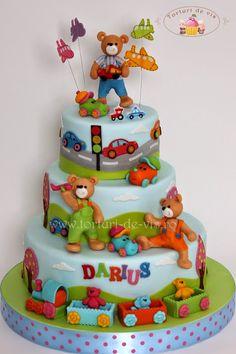 Torturi - Viorica's cakes: Tort cu ursuleti si masinute pentru Darius