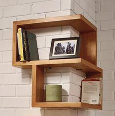 Esta não é a primeira prateleira que eu posto que tenta aproveitar os mínimos espaços, mas a premiada Franklin Shelf está entre uma das mais legais. A ideia é simples, porém garante um visual diferent
