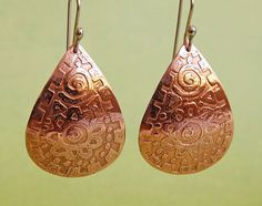amazing handmade copper jewelry / Etched Copper Pear-shaped Earrings