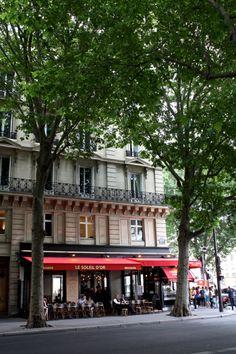 homevialaura | Paris | Parisian cafe | Parisian street #Paris