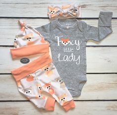 Baby Girl Coming Home Outfit, Baby Fox Print with Melon Trim, Leggings, Hat and Headband, Heather Gray Bodysuit, Hospital Outfit, Foxy Lady #babygirlsoutfit #ad
