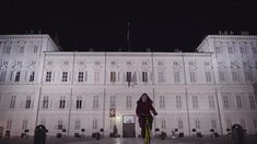 Dalla Mole a Piazza Vittorio, dal Palazzo Reale al Museo Egizio, da San Salvario a Piazza San Carlo, fino a raggiungere la Basilica di Superga...