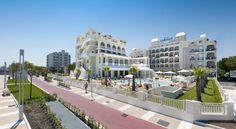 Hotel Corallo Riccione Located in the heart of Riccione, a few steps from the beaches and Viale Ceccarini, Hotel Corallo offers a modern wellness centre, outdoor pool and a private parking garage.
