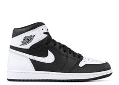 A Quick Guide To Choosing A New Pair Of Sneakers. Sneakers are probably the most important product in a sports closet. As intriguing as it may be, you can't jog in the exact same shoes you go to the workpl New Jordans Shoes, Air Jordan Shoes, Jordans For Men, Air Jordans, Men's Shoes, Nike Shoes, Derek Jeter, Jordan 1 White, Cute Sneakers