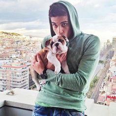 Marc Bartra with his bulldog...soo cute!