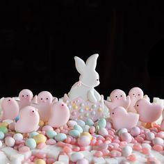 Happy Easter!💛#sugarbombe, #sugarcookies, #decoratedcookies, #cookiesofinstagram, #edibleart,#sugarart, #royalicingart, #royalicingcookies, #customcookies, #foodart, #diycookies, #3dprintedcookiecutters, #customcookiecutters, #3dprintedcookiecutters, #customcookiecutters, #cookiecutters,#f52grams,#bakersofinstagram,#bunnycookiecutter, #eastercookiecutter, #chickcookiecutter, #eggcookiecutter