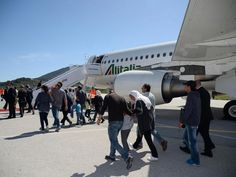 pope francis lesbo | ... Pope Francis at the airport of Mytilene, on the island of Lesbos