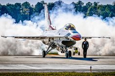 Photograph Smoke On! by Chris Buff on Aircraft Parts, Fighter Aircraft, Military Jets, Military Aircraft, Air Fighter, Fighter Jets, Photo Avion, F 16 Falcon, Thunderbirds Are Go