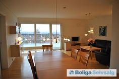 Ryhavevej 1B, 3. th., 8210 Aarhus V - Penthouse-lejlighed: Lys og rummelig #aarhus #ejerlejlighed #boligsalg #selvsalg