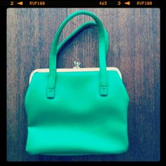 Vintage 1960's Kelly Green Rubber Purse