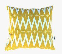 Cushions // Diamonds - Pom le bonhomme