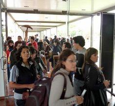 Visita de turistas tucumanos Show, Random, Casual
