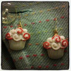 Cupcakes earrings... by www.martaceramica.com
