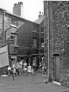 This its typical how spotless many Sheffield back to back homes were.  No litter, every scrubbed, a regular routine  to get rid of the soot.Court 3, Cavendish Street, City Centre Sheffield 15/07/1959   Photographer:Kodak Medical Officer of Health  My 4 children were of this Generation  A Wardley
