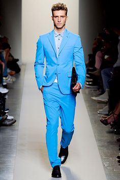 Bottega Veneta Spring 2012... I'm questioning the plastic-looking material, but I love the color. I thought it was going to look like a Dumb&Dumber suit, but it's actually very stylish and slimming. Very wearable and not only theme-wear.