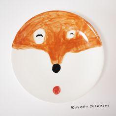 Hand painted dog plate by Mogu Takahashi.