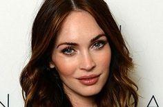 Megan Fox eşi Brian Austin Green ile birlikte ikinci çocukğunu kucakladı. Daily Mail'in haberinde, bebeğin cinsiyetinin erkek olduğu aktarıldı.