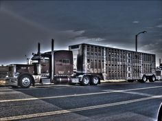 Gale Trucking LLC.  Peterbilt 379