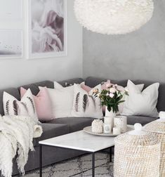 Beautiful And Cozy Living Room Design Ideas To Copy. Here are the And Cozy Living Room Design Ideas To Copy. This post about And Cozy Living Room Design Ideas To Copy was posted under the Living Room category by our team at September 2019 at pm. Living Room Decor Grey And White, Blush Living Room, Living Room Decor Cozy, Living Room Colors, New Living Room, Living Room Designs, White Decor, Grey And White Room, Lounge Decor