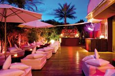 #Ibiza Winter Hotels - El Hotel de #Pacha -chic, stylish with a flare for sophistication and great views, El #Hotel de Pacha is one you should know about. Sneak a peek right here: http://www.ibiza-spotlight.com/magazine/2014/01/ibiza-winter-hotels-el-hotel-de-pacha