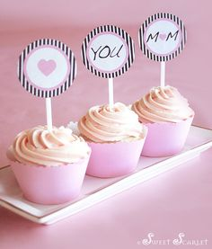 Free Mother's Day Cupcake Toppers. Click here to download: http://www.scribd.com/doc/54513190/FREE-Mother-s-Day-Printable-Cupcake-Toppers