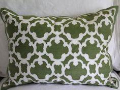 Biblical Homemaking: thrifty thursday transformation: $4 placemat pillow