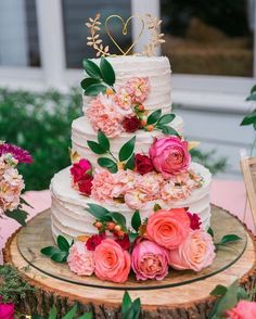 Beautiful cake for weddings �� http://gelinshop.com/ipost/1520877998404097280/?code=BUbPntJlVUA