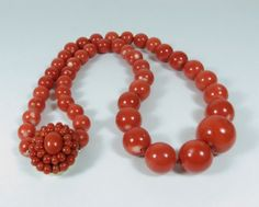LARGE 14K GOLD DARK SALMON MOMO CORAL BEAD NECKLACE 75.2 GRAMS