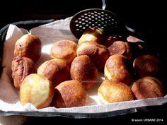 Gogosi pufoase reteta de la bunica | Savori Urbane Pretzel Bites, No Bake Cake, Finger Foods, Baking Recipes, Deserts, Bread, Sweet, Cake Baking, Romanian Recipes