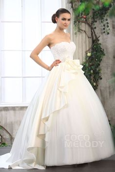 Glorious Princess Sweetheart Chapel Train Tulle Wedding Dress CWZT13029 #weddingdresses #cocomelody