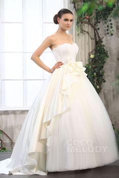 Glorious Princess Sweetheart Chapel Train Tulle Wedding Dress CWZT13029 #weddingdresses #cocomelody
