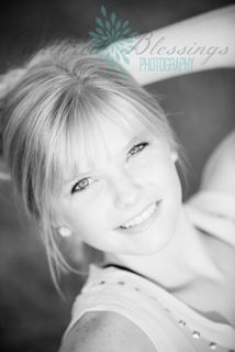 beautiful senior pics....visit website for more info about this photographer in Texas